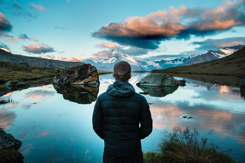 当你压力最大的时候,试试这5个冥想放松技巧