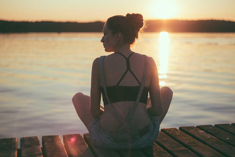 初学者清晨冥想指导(改变你的一天)