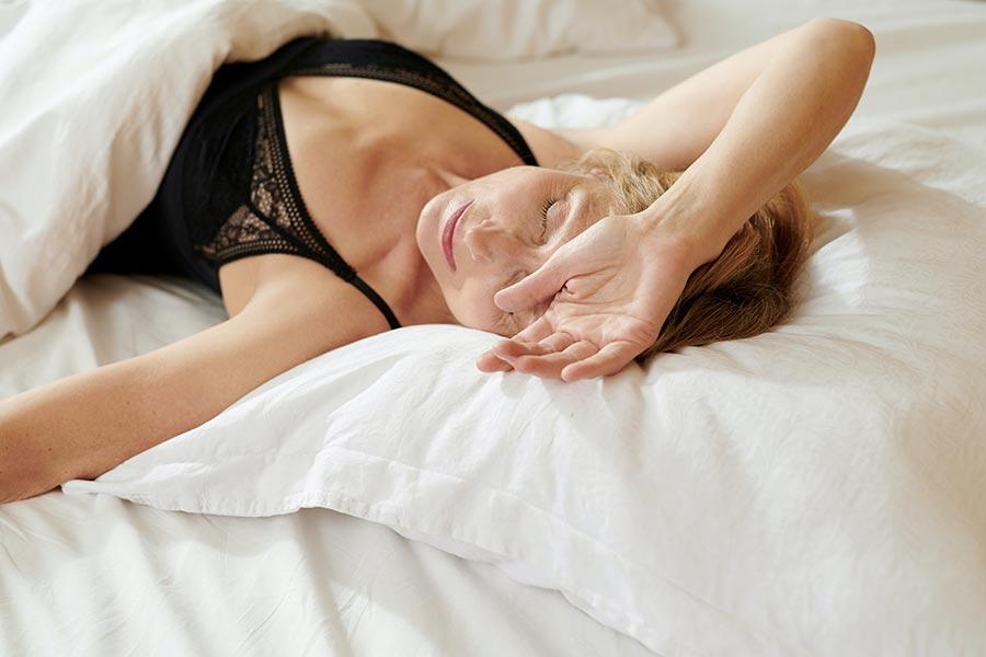 帮助你自然入睡的5件事情