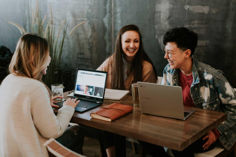 关于员工敬业度的10个想法,以此来改善团队协作