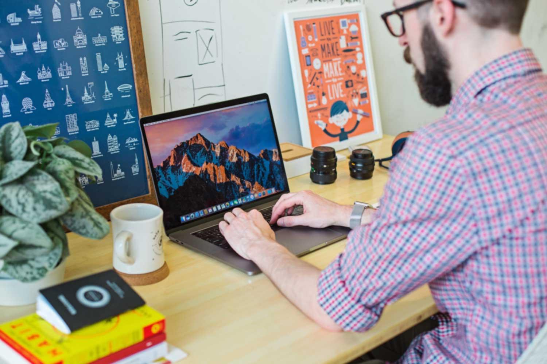 硬技能VS软技能:为什么它们对你的职业生涯很重要?