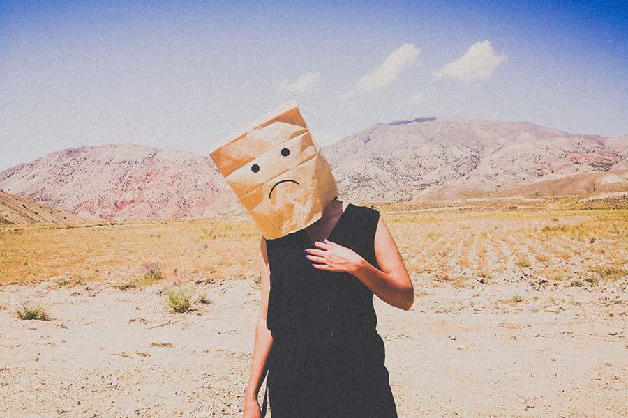如何阻止消极想法在你的脑海中盘旋