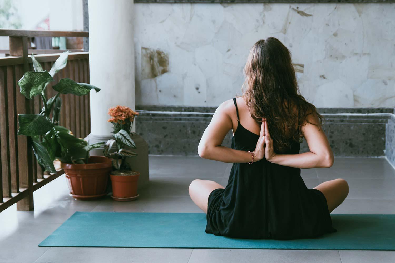 瑜伽对于40岁以上男女的好处